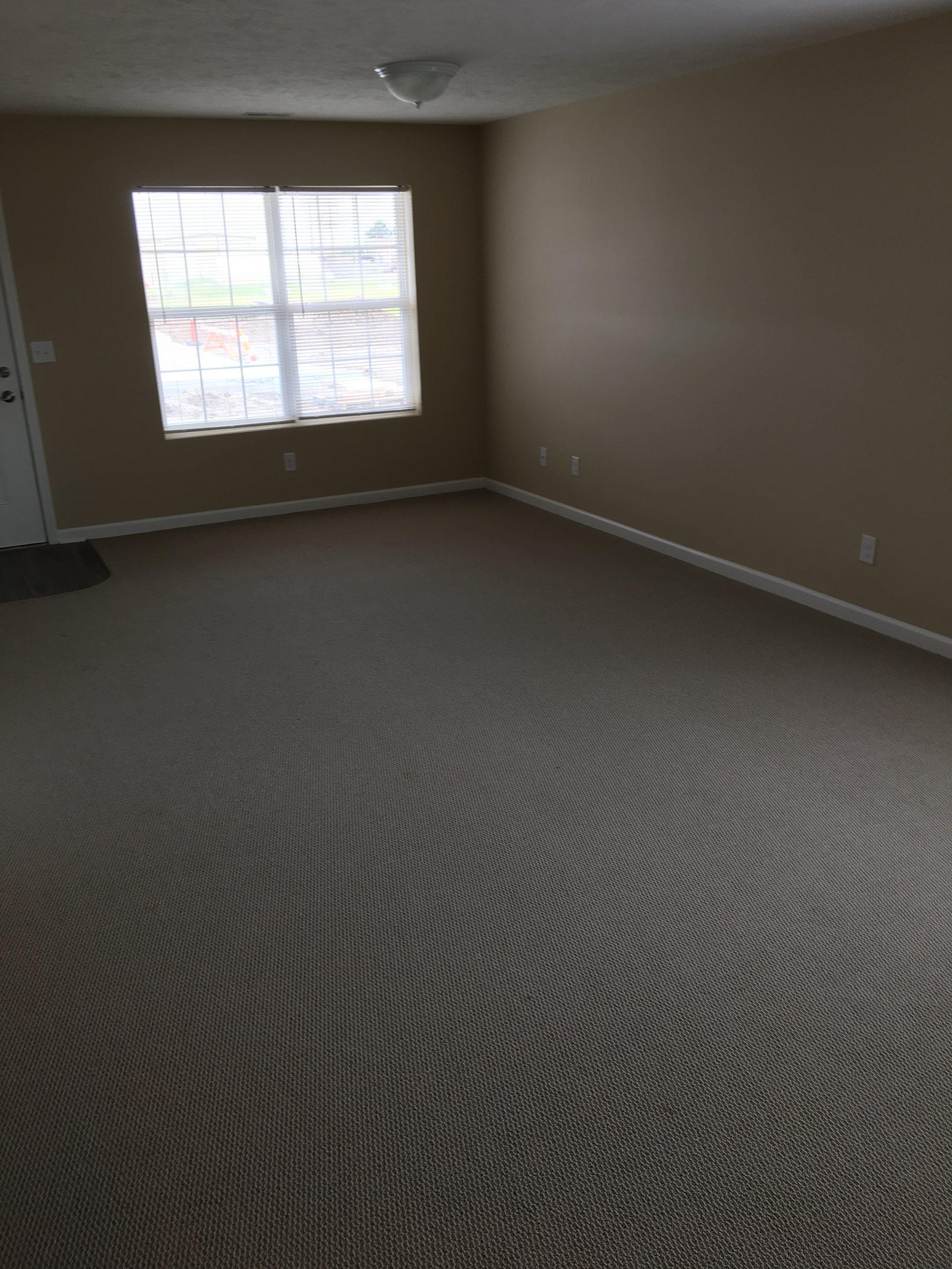 jefferson-estates-handicap-living-room